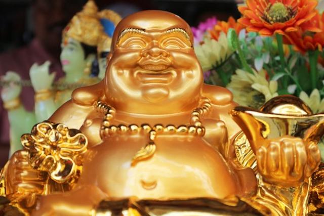 Đồ trang trí xi mạ vàng là món quà thiết thực cho những người thân yêu