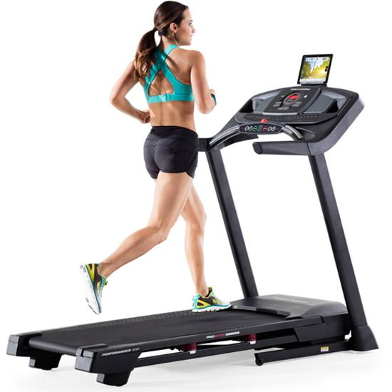 Chạy bộ HIIT với máy chạy bộ