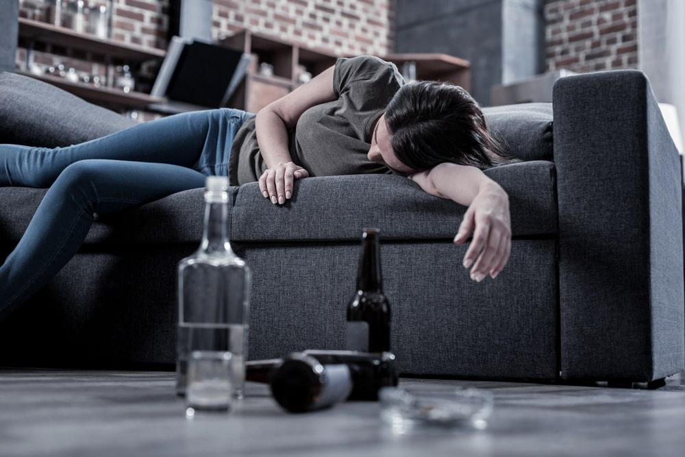 Perigos não se restringem àqueles que bebem demais. (Fonte: Shutterstock)