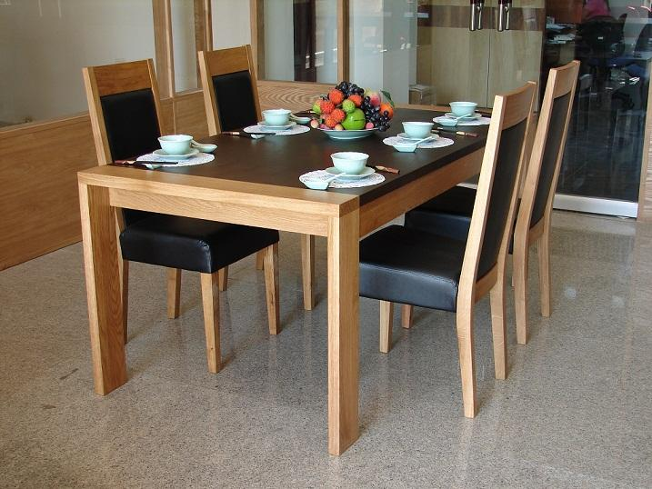 Mẫu bàn ăn phong cách nhiệt đới số 6