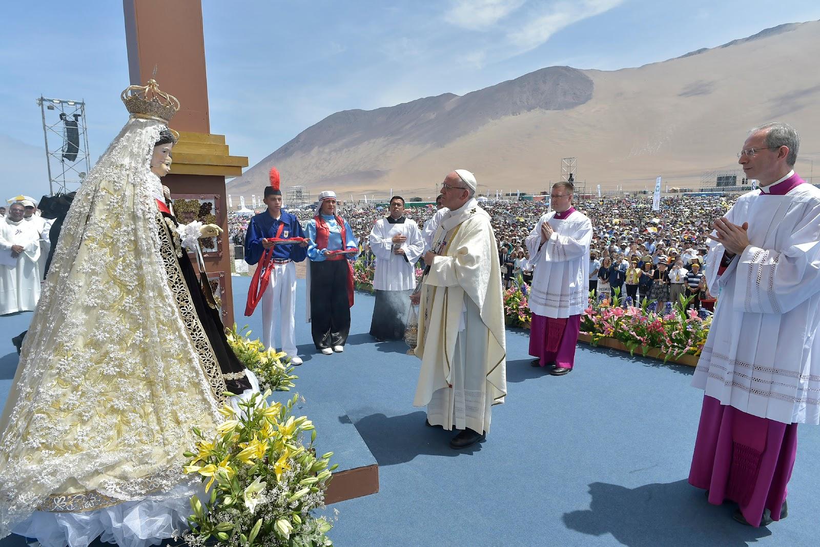 Lời hứa của Đức Thánh Cha Phanxico với Đức Nữ Đồng Trinh Carmen
