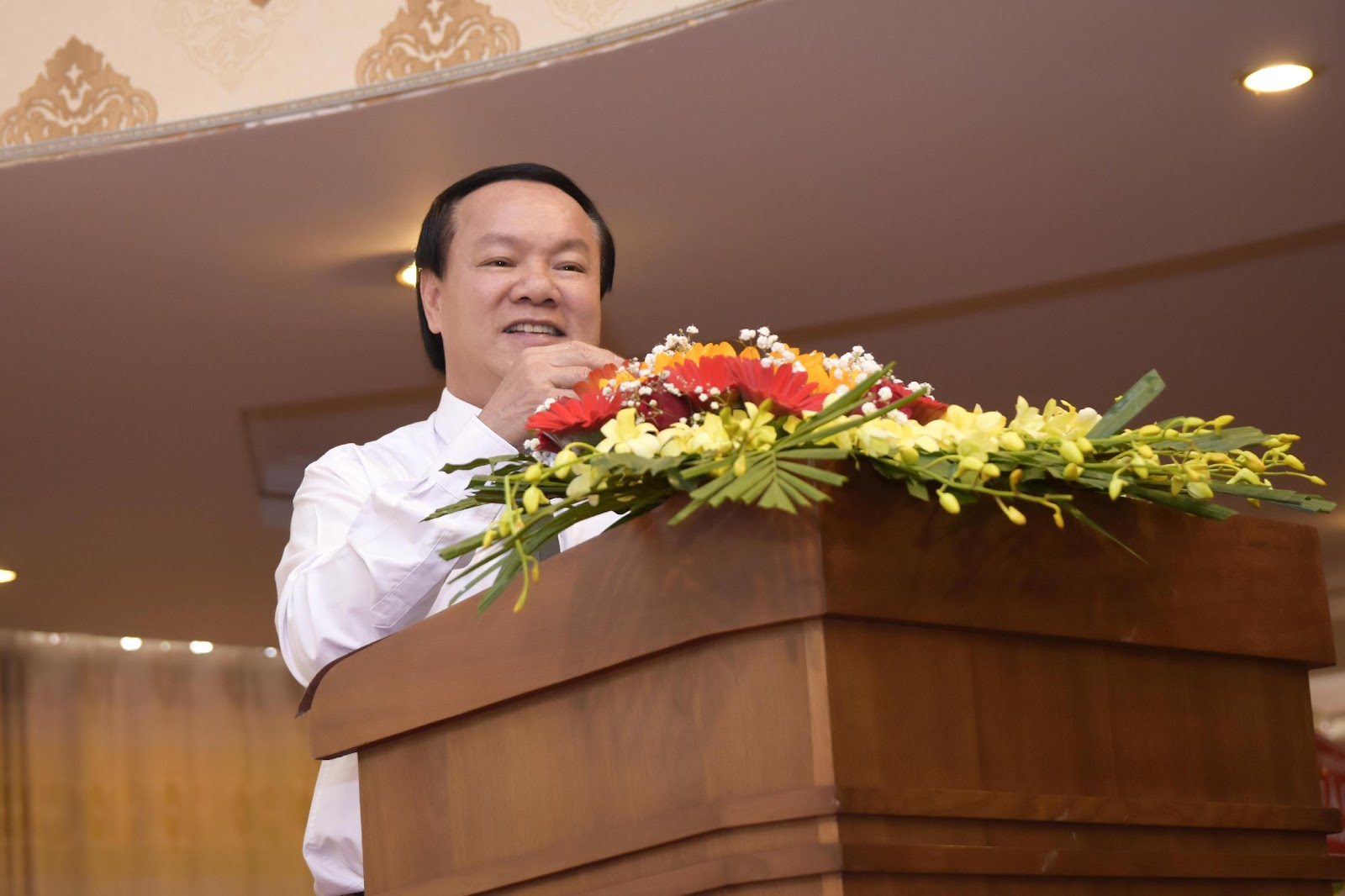 5. Ông Lê Thanh Thuấn - Tổng Giám đốc Sao Mai Group khẳng định, 'Ai nuôi cá cho IDI, trồng mì cho Sao Mai Super Feed mà lỗ thì chính tôi lấy tiền túi ra bù'