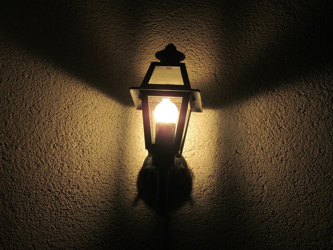 , Aké svetlo zvýrazní fasádu vášho domu?, Čistíme Fasády, Čistíme Fasády