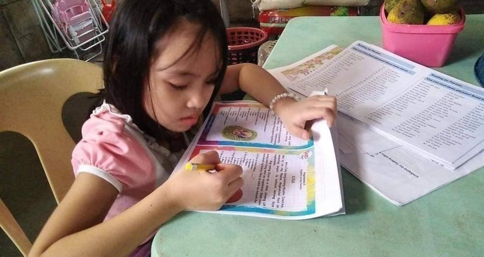 DepEd leads psychosocial efforts for parents, educators ahead of new  academic year – Daily Tribune