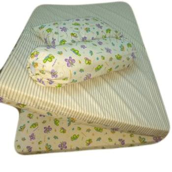 Mattress and pillow for children