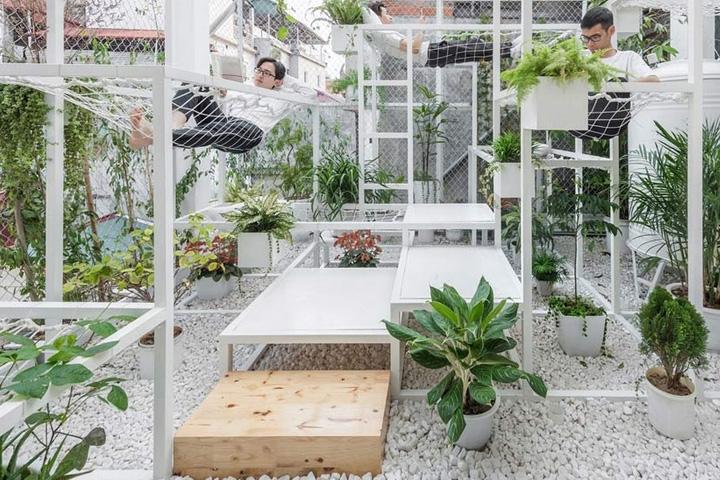 Tại sao nên thiết kế sân vườn tầng thượng?