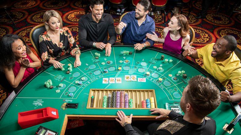 Tổng hợp game casino trực tuyến tại W88