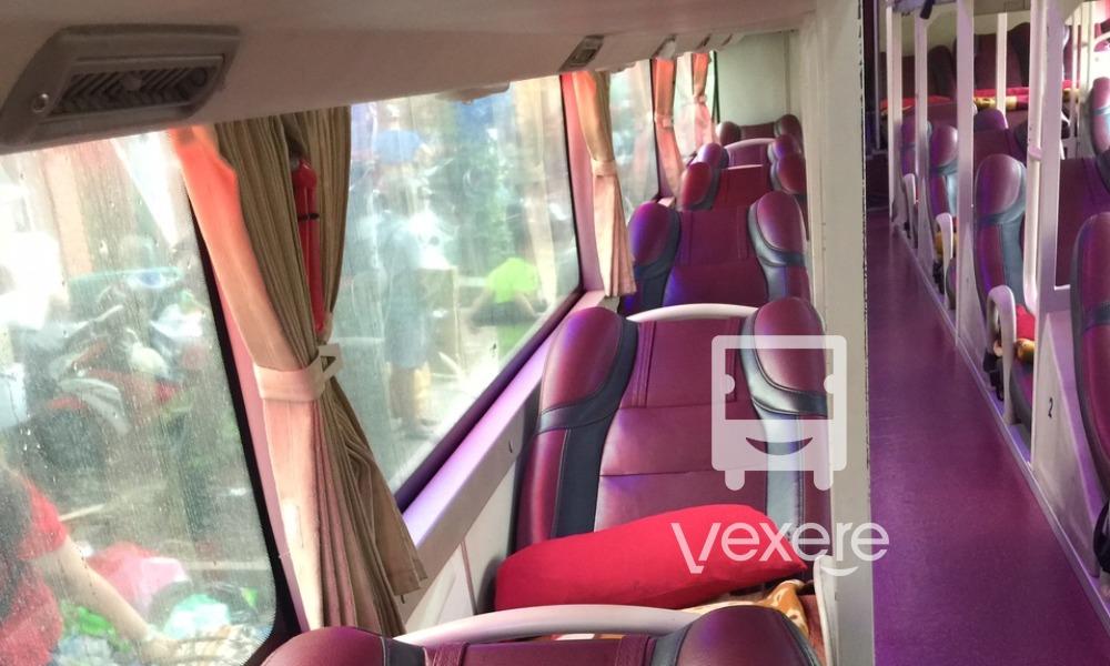 Nội thất xe Queen Open Cafe Bus đi Đà Nẵng từ Hà Nội
