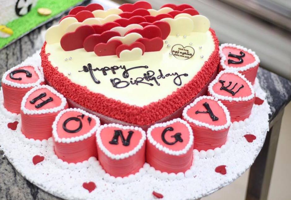 Chia sẻ cách tự làm bánh sinh nhật cho mẹ yêu ngay tại nhà