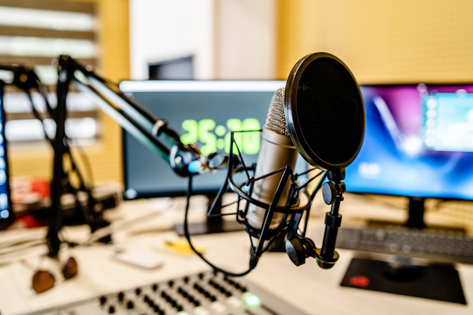 How to start an internet radio station - Radio.co Review 2
