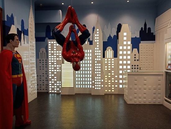 spot-superman-background.jpg