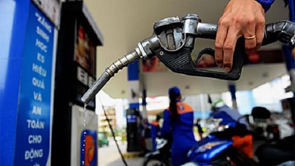Chiều nay giá xăng sẽ tăng?