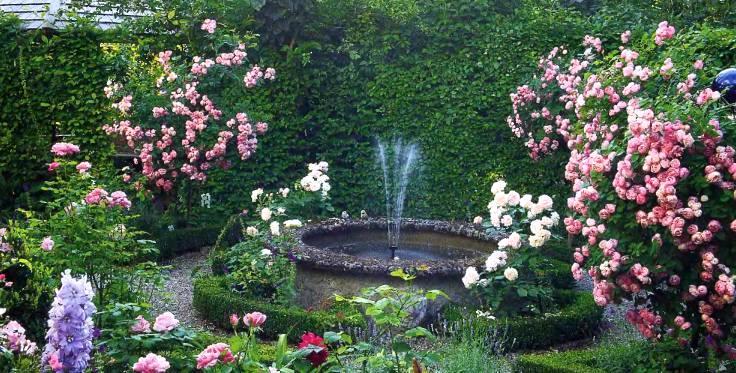 Версальский фонтанчик Классический сад