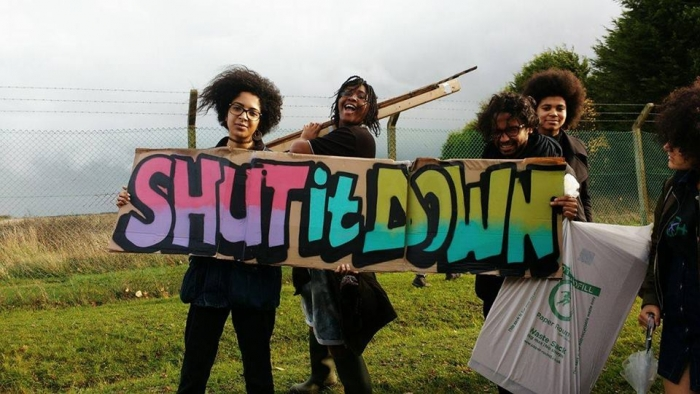 Protesting Yarls Wood Detention Centre