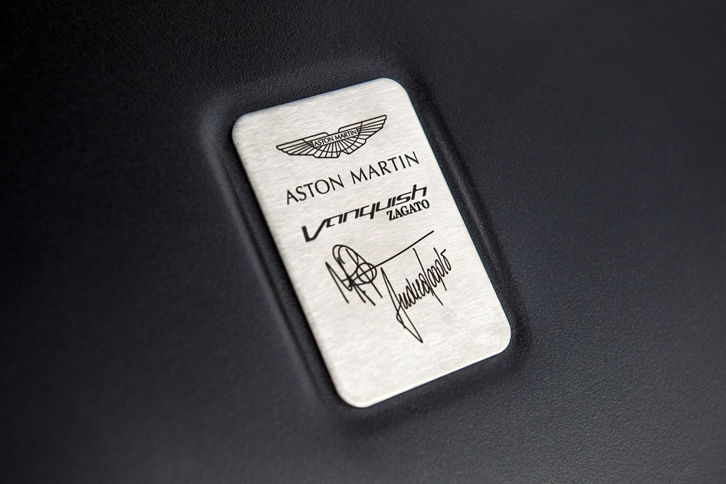 Aston_Martin_Vanquish_Zagato_Speedster__20_.jpg