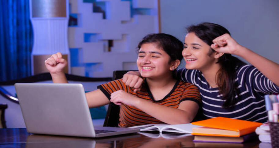 bonding between parents and child is created by homeschooling