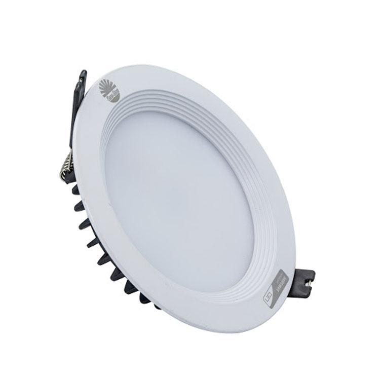 Đèn LED âm trần