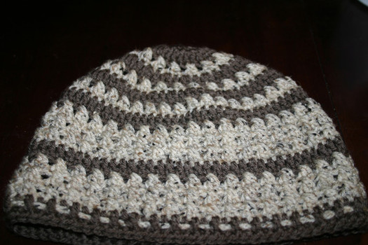 Free Pattern Criss Cross Double Crochet Slouchy Tam Adjustable