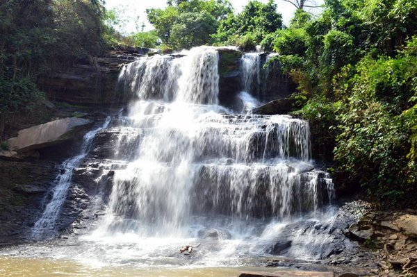 kintampo waterfall.jpg