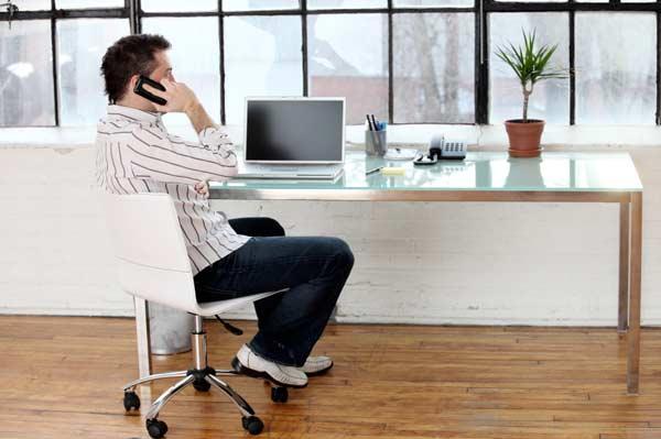 Tip làm việc tại nhà hiệu quả: Trang phục chuẩn mực