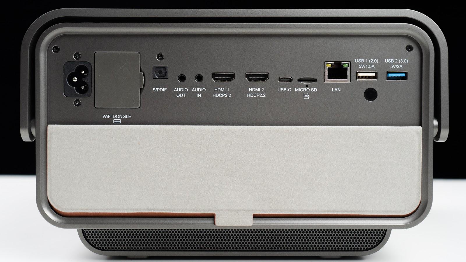 把 4K 120 吋家庭劇院提上手的感覺如何?  ViewSonic X10-4K LED 無線智慧投影機