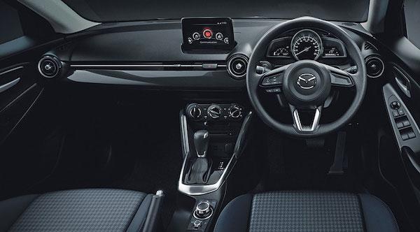 ภายในของ Mazda2 Sedan 2017