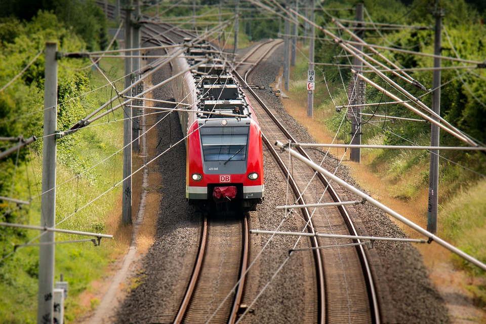 train-797072_960_720.jpg