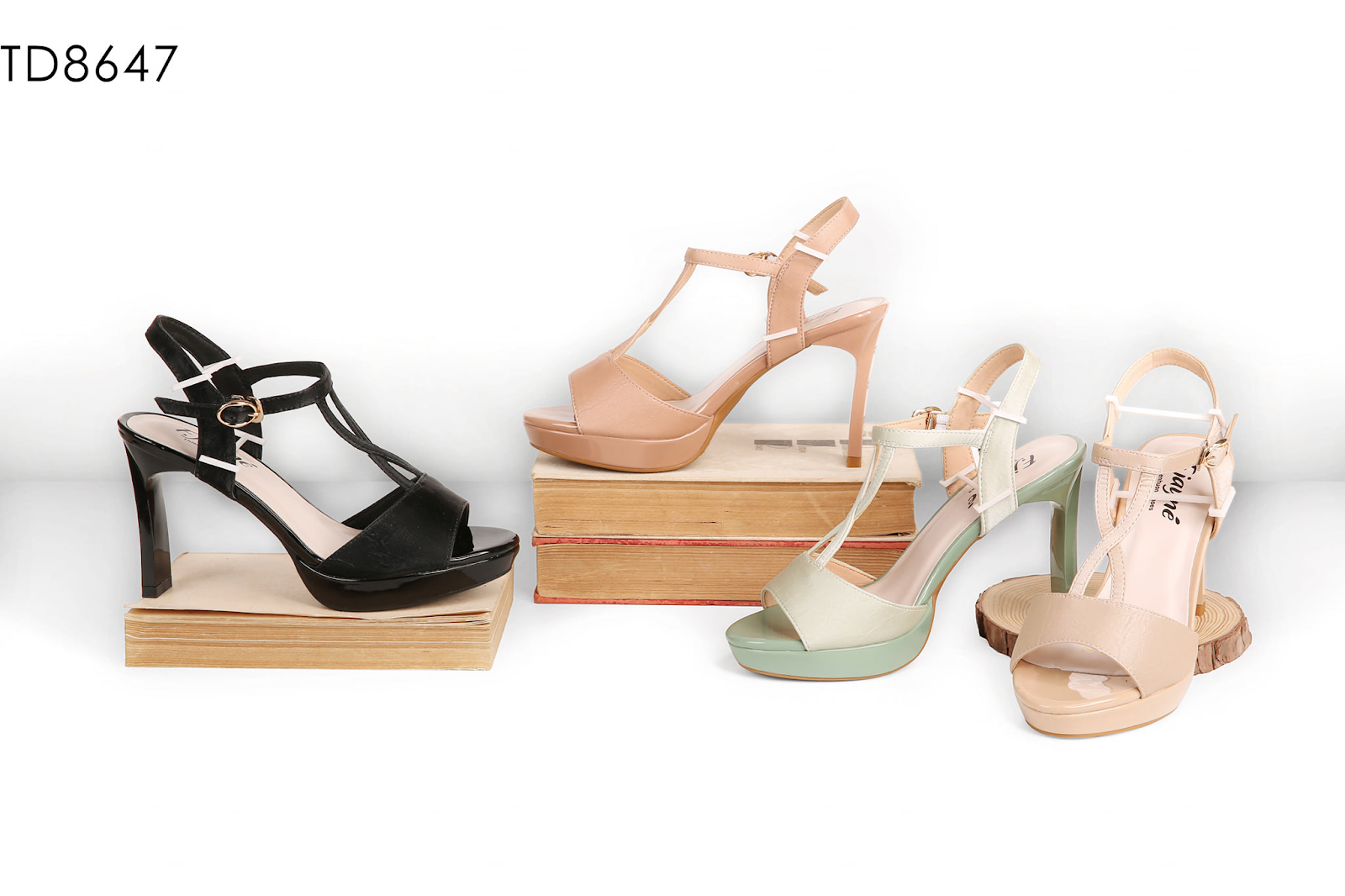 Giá tại xưởng sản xuất giày dép thienhuongshoes như thế nào?
