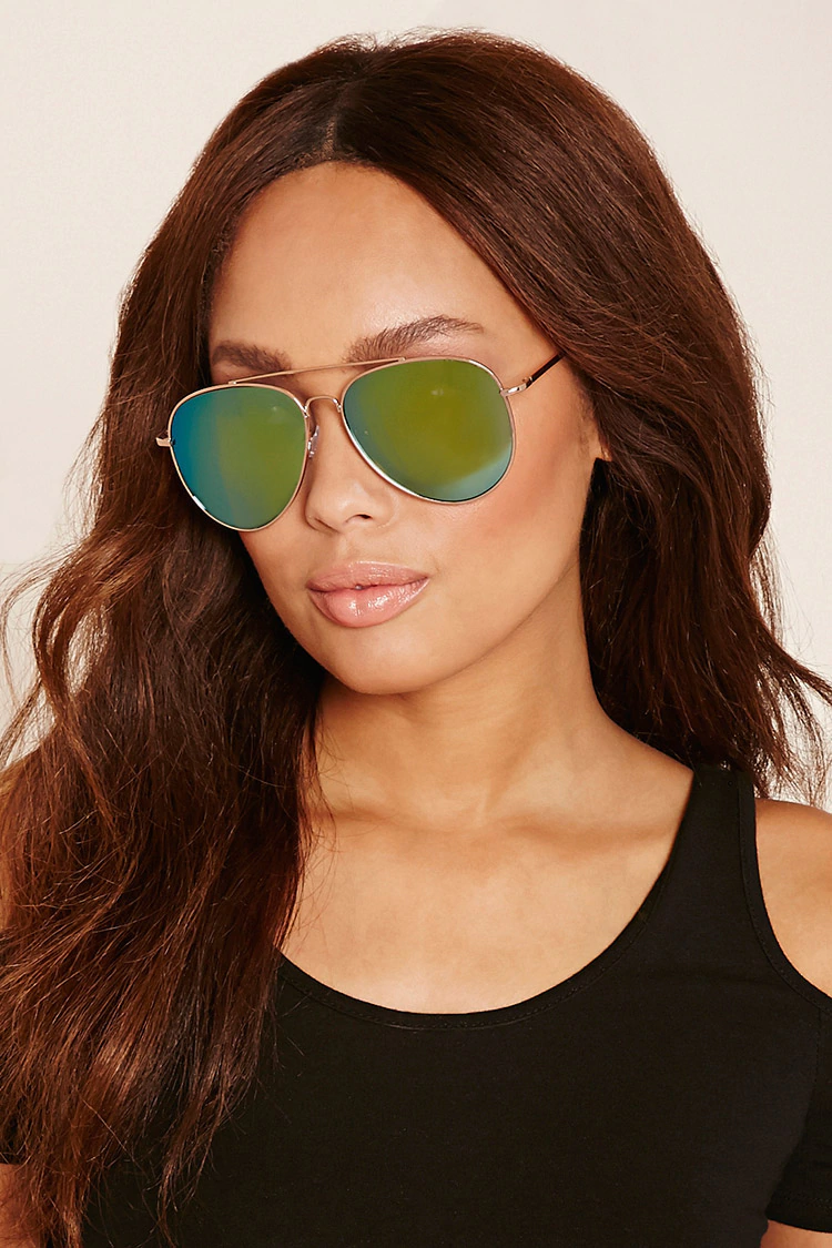7 sunglasses trends to try this summer | her campus