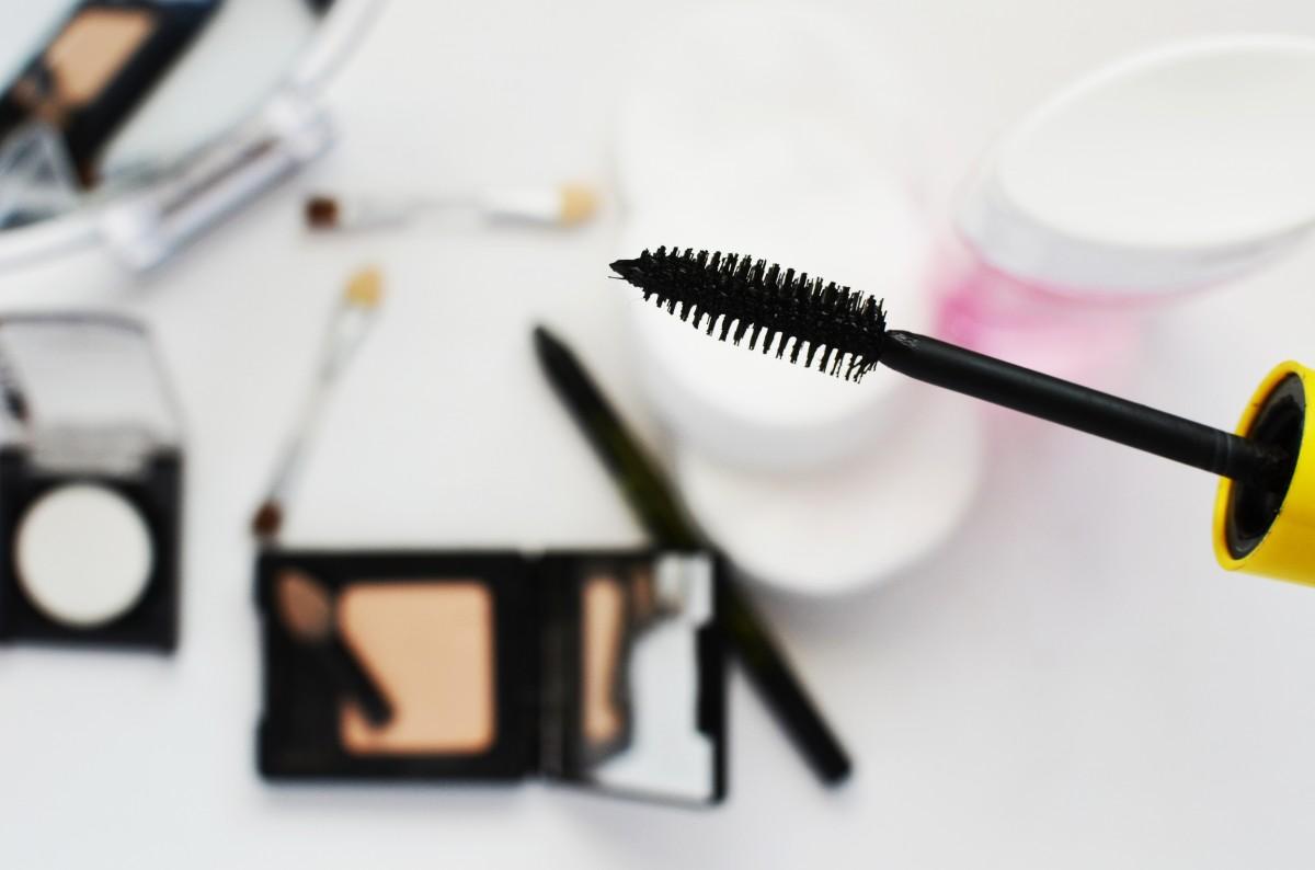 girl paint fashion makeup make up eyelash product mask eye beauty organ cosmetics