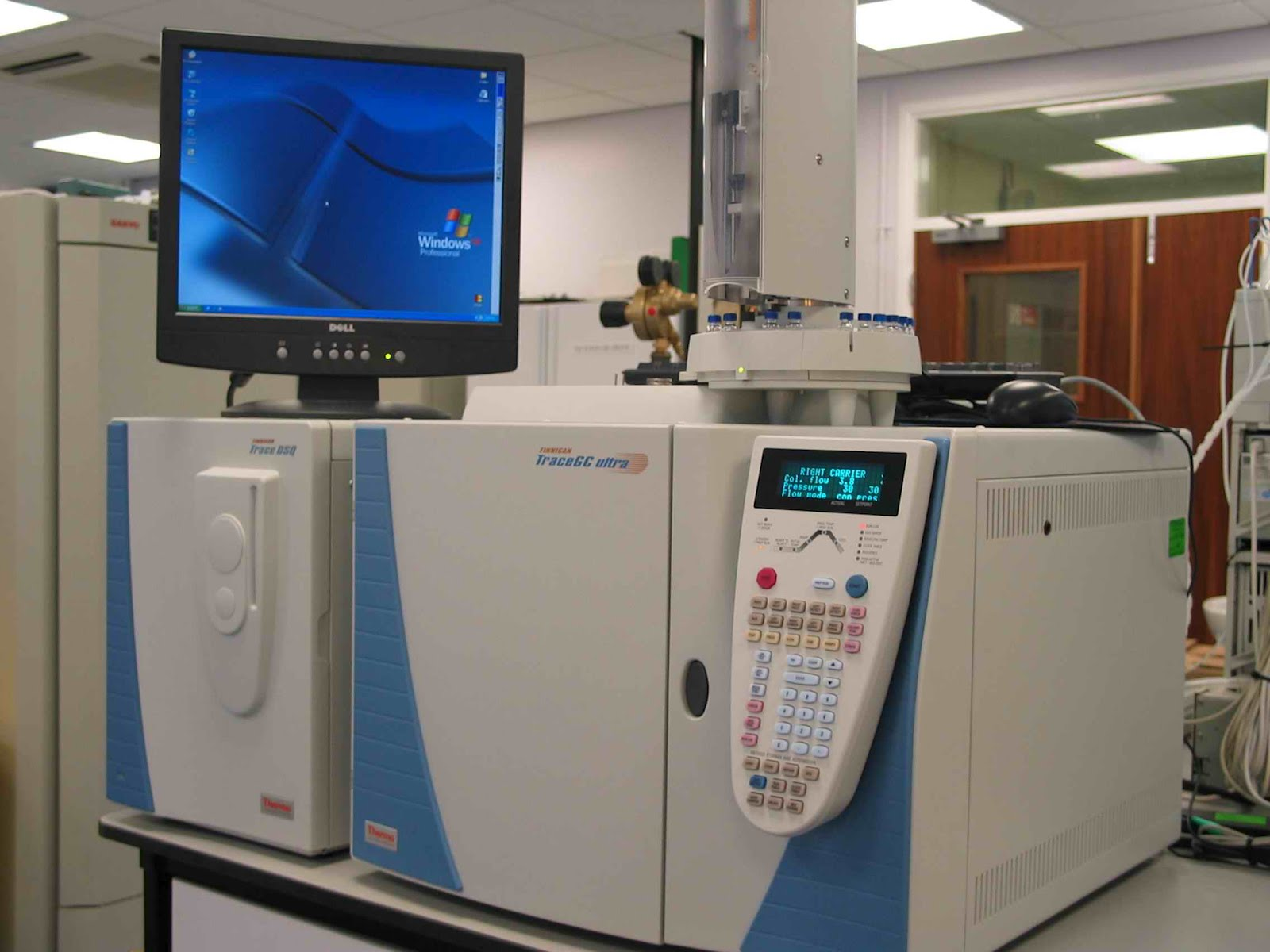 mass spec machine