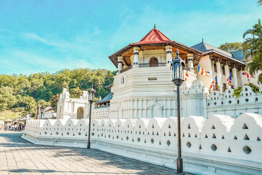 Temple of the Tooth Relic, Kandy - 【Lakpura LLC】