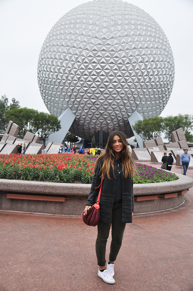 http://fashionsandwich.com/wp-content/uploads/2015/01/Look-epcot.png