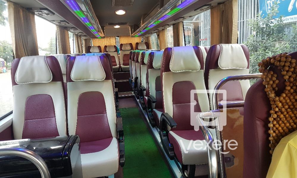 Nội thất xe Thảo Châu từ Sài Gòn đi Bến Tre