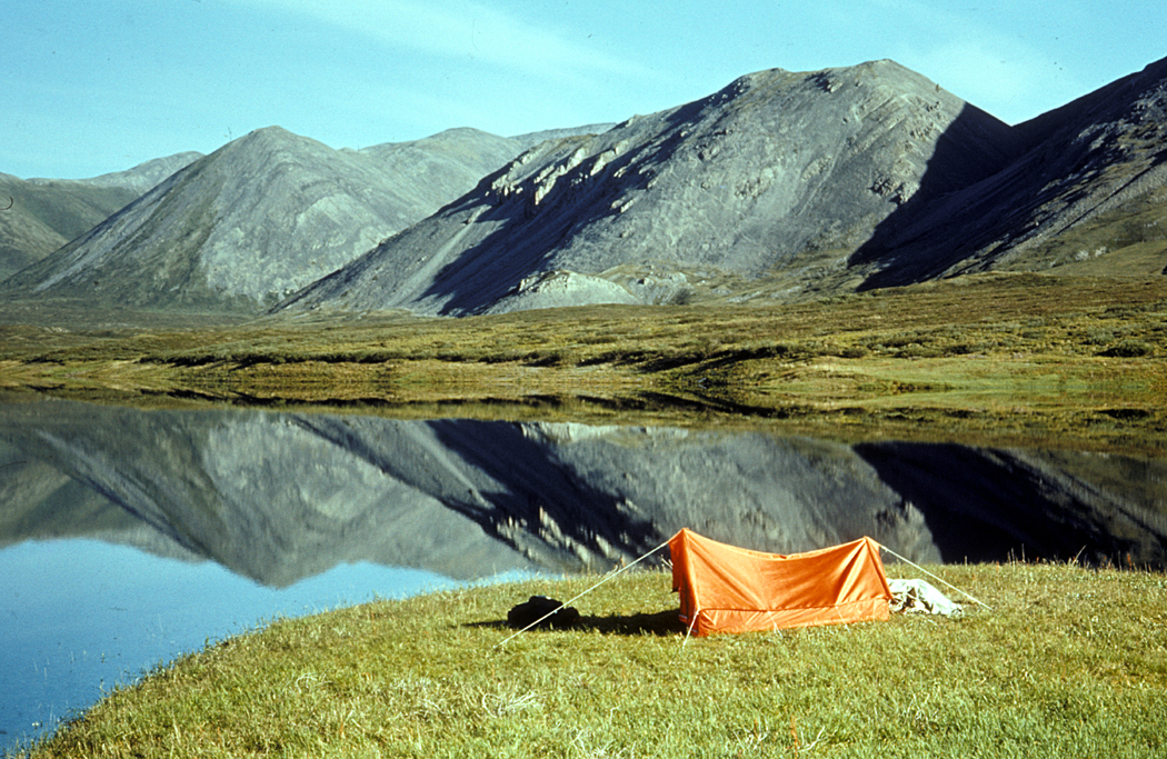 Camping_on_unnamed_lake_in_Brooks_Range.jpg