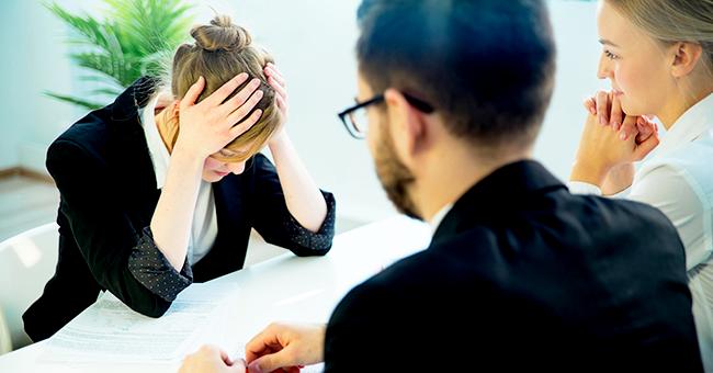 Đừng để lộ rõ ràng sự lúng túng lo lắng khi đối mặt trong buổi phỏng vấn với nhà tuyển dụng Phúc Long