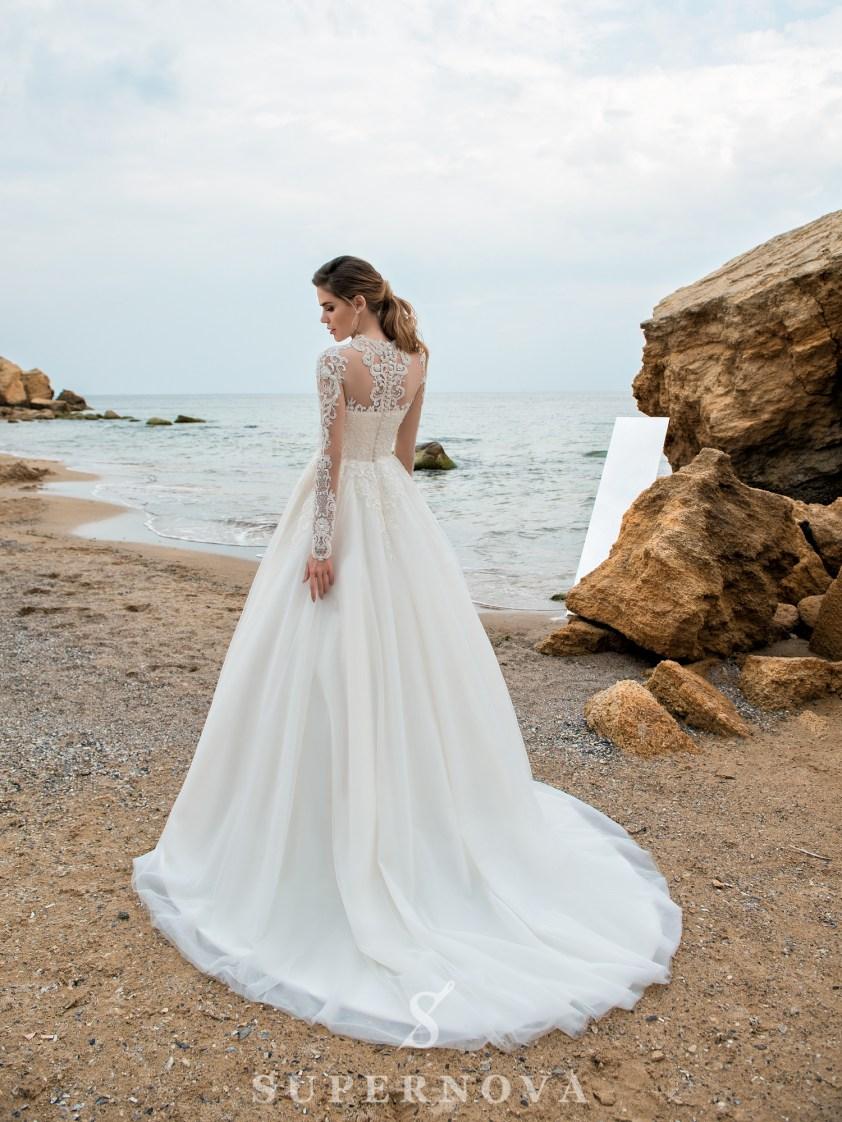 свадебные платья с воротниками оптом