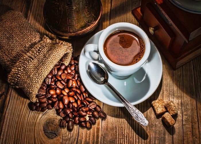 Cà phê có thể giúp tăng huyết áp ở người huyết áp thấp