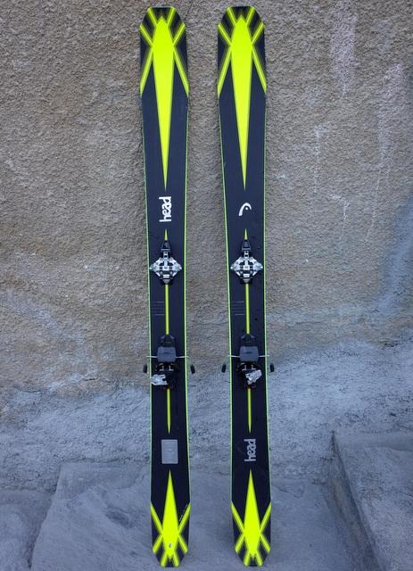 Brede_ski_head_off_piste_Torsten_Grunwald.JPG