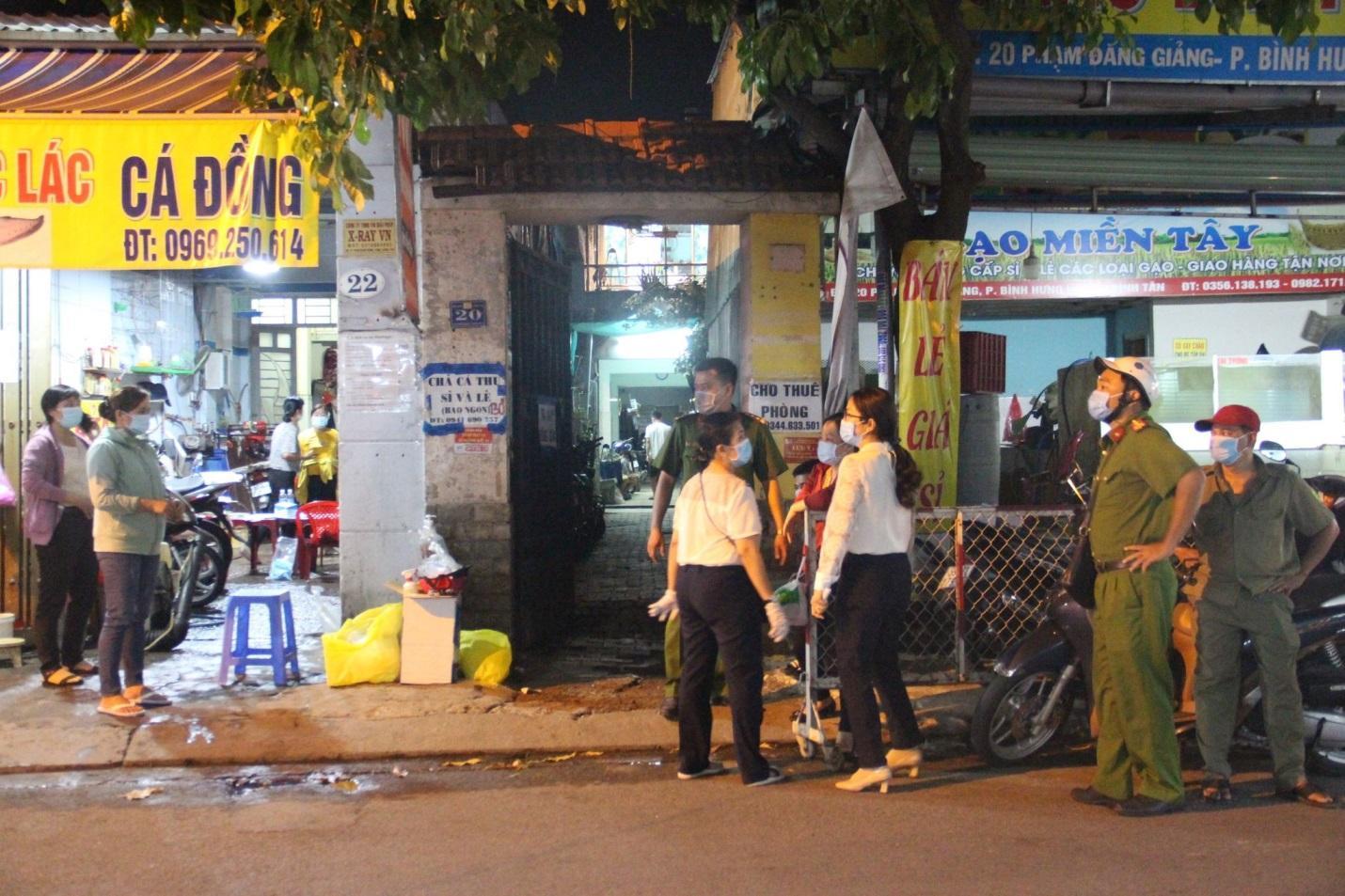 TP.HCM: Phong tỏa con hẻm ở Bình Tân liên quan BN Covid-19 số 2910 - ảnh 2