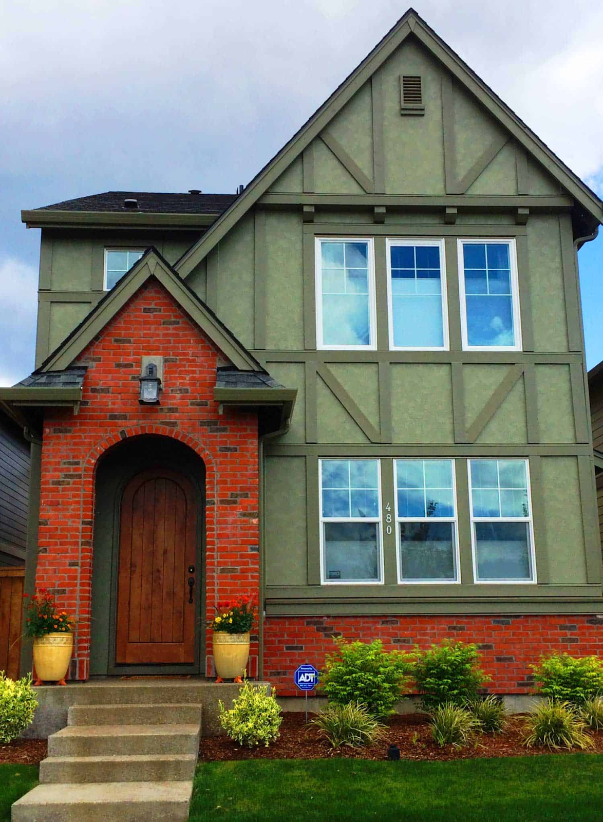 7 Exterior Window Trim Ideas To Inspire Your Next Home Project