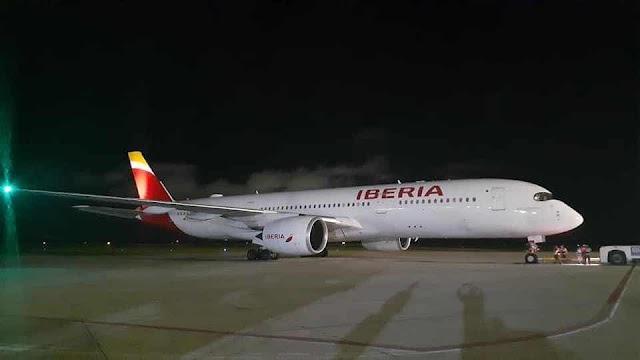 Anoche se recibió por primera vez en Santo Domingo la aeronave Airbus A350-900 de Iberia