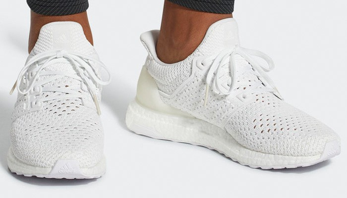 c8a75be2a97 10 Pairs of All-White Sneakers You Need for This Summer