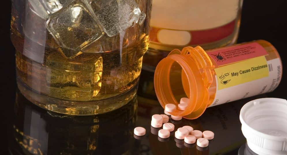 Một vài loại thuốc có thể bị ảnh hưởng bởi rượu
