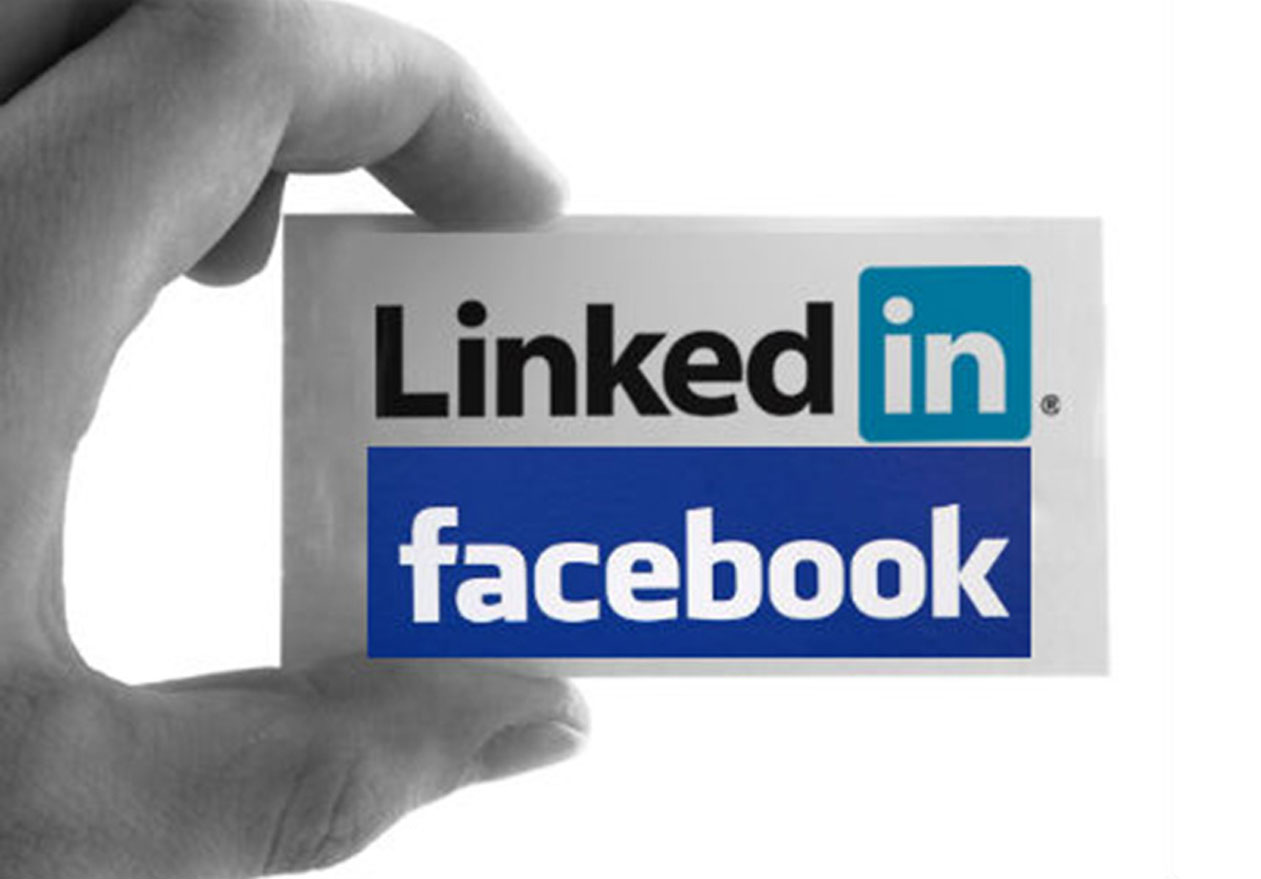 Lựa chọn LinkedIn hay Facebook (cre: Tech Cycled)