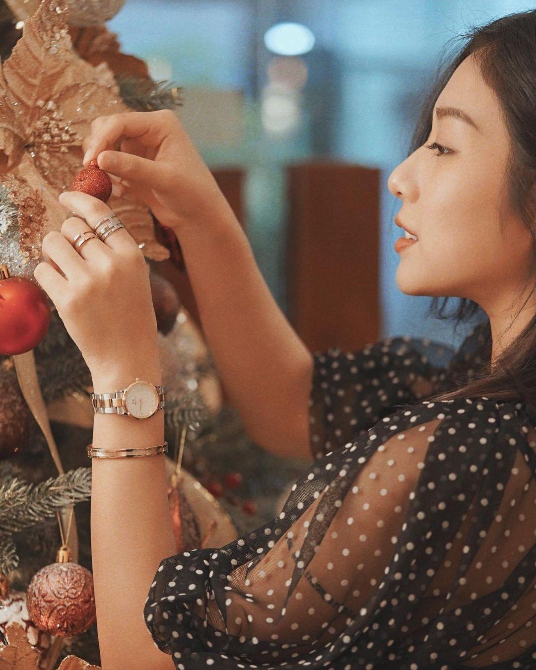 Hot Influencer Trang Lou cũng là gương mặt rất quen thuộc với Daniel Wellington (Ảnh: Instagram)