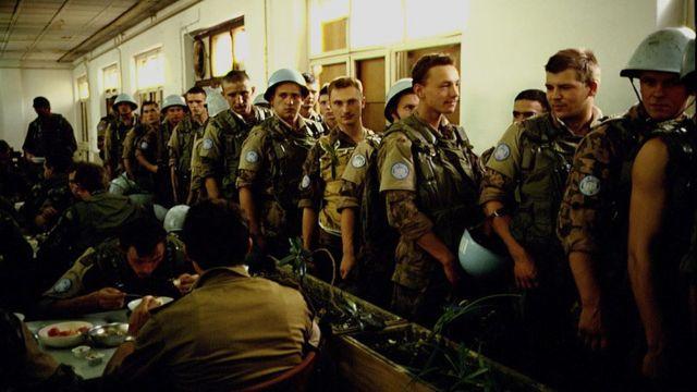 Украинские миротворцы в казармах Тито, 1992 год