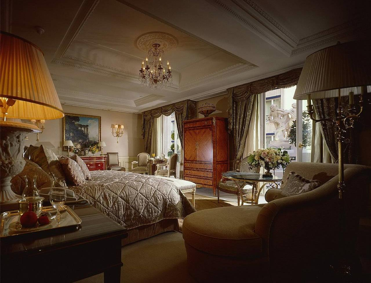 The 15 most expensive hotel suites in the world photos for Expensive bedroom ideas