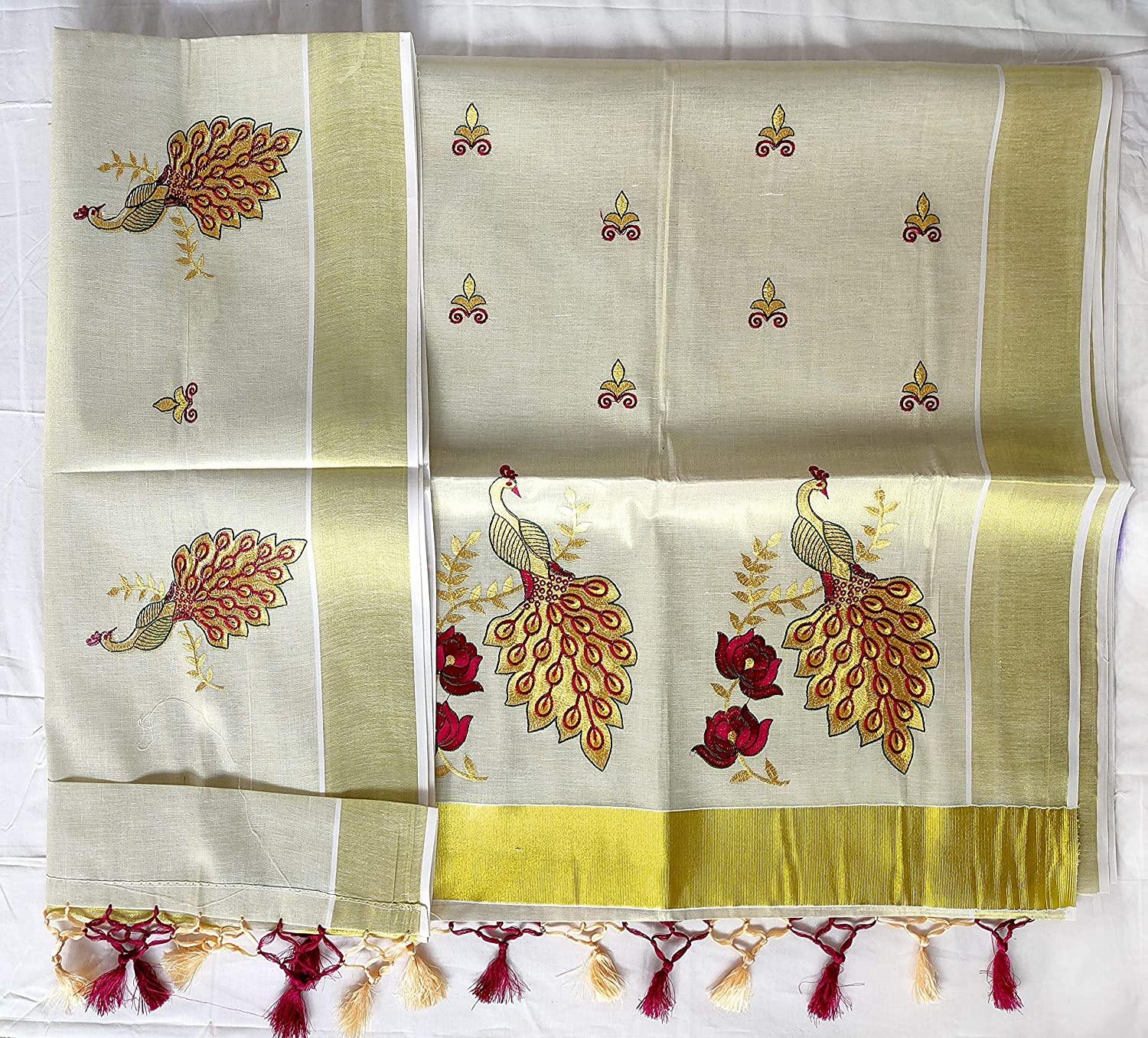 Kasavu Saree With Kunjalam