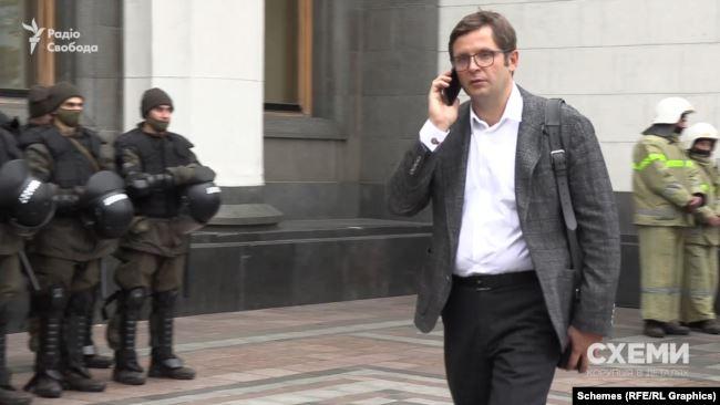 Андрій Холодов – депутат від «Слуги народу» і кум родини Віктора Медведчука